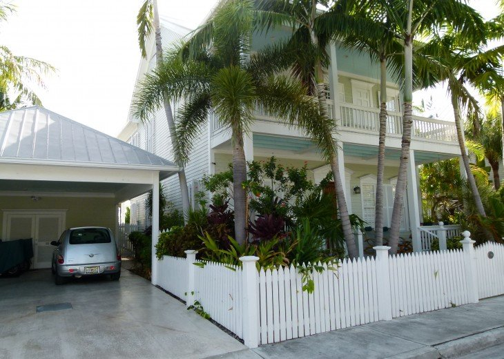 6 BR, 5.5 BA Luxury Key West Beach House in Old Town at Fort Zachary Taylor #3
