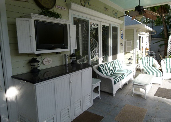 6 BR, 5.5 BA Luxury Key West Beach House in Old Town at Fort Zachary Taylor #17