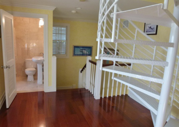6 BR, 5.5 BA Luxury Key West Beach House in Old Town at Fort Zachary Taylor #73