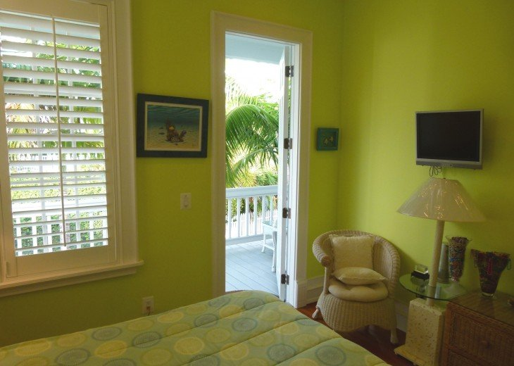 6 BR, 5.5 BA Luxury Key West Beach House in Old Town at Fort Zachary Taylor #64