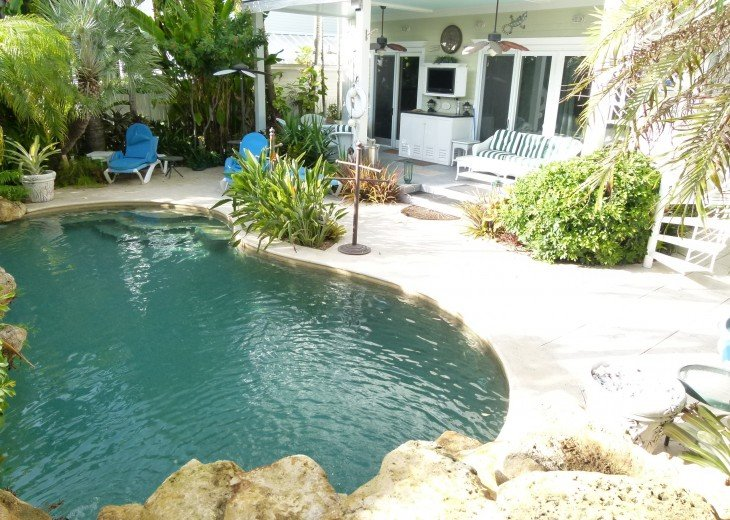 6 BR, 5.5 BA Luxury Key West Beach House in Old Town at Fort Zachary Taylor #24