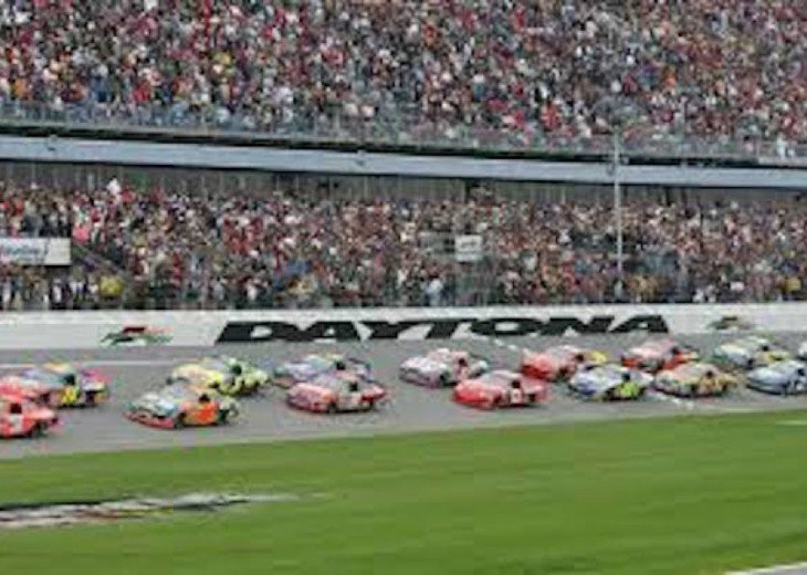 DAYTONA IS HOME TO THE BIGGEST NASCAR RACING EVENT ...DAYTONA 500 FANS WELCOME!