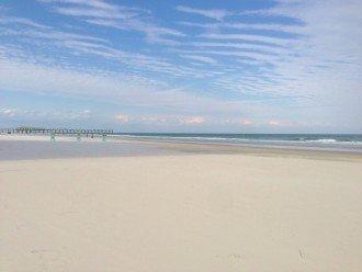 COME ENJOY DAYTONA'S 26 MILES OF PRISTINE WHITE SANDY BEACHES!