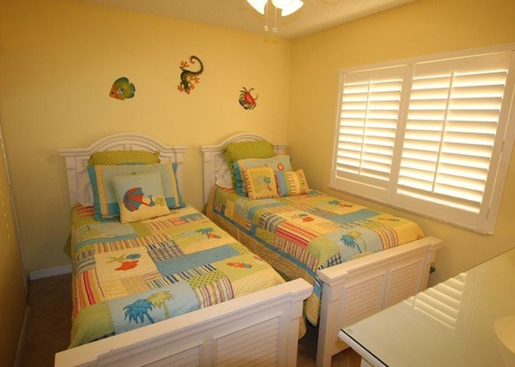 Third bedroom with beach appointed furniture and two twins - dresser & mirror!