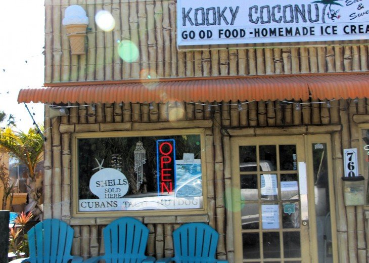 The Kooky Coconut three small blocks south - so convenient - so good.