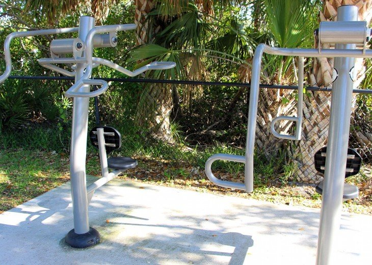 Outside workout equipment and areas as part of the nature preserve and park.