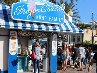 Frozen Custard at the center of John's Pass - a vacation gathering!