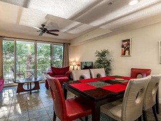 Townhouse in Resort Community- Pools, Restaurants & Private beach! U462 #1