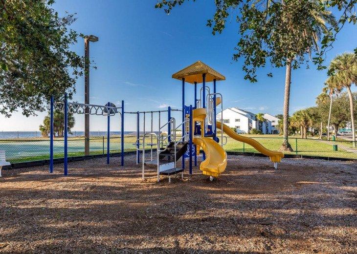 Townhouse in Resort Community- Pools, Restaurants & Private beach! U3263 #21