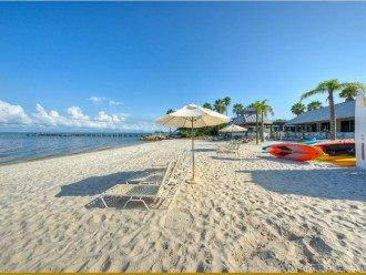 Townhouse in Resort Community- Pools, Restaurants & Private beach! U3263 #1