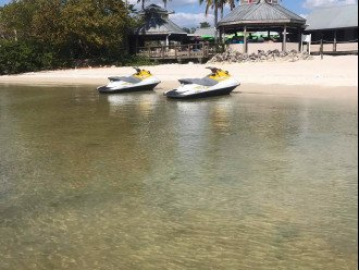 Townhouse in Resort Community- Pools, Restaurants & Private beach! U466 #1