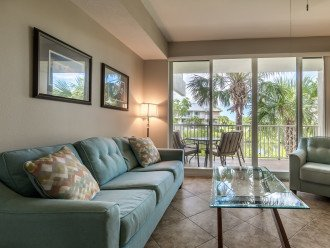 Private Beach, Luxury Waterfront 3 bed / 3 bath Town Home Suite - U448 #1