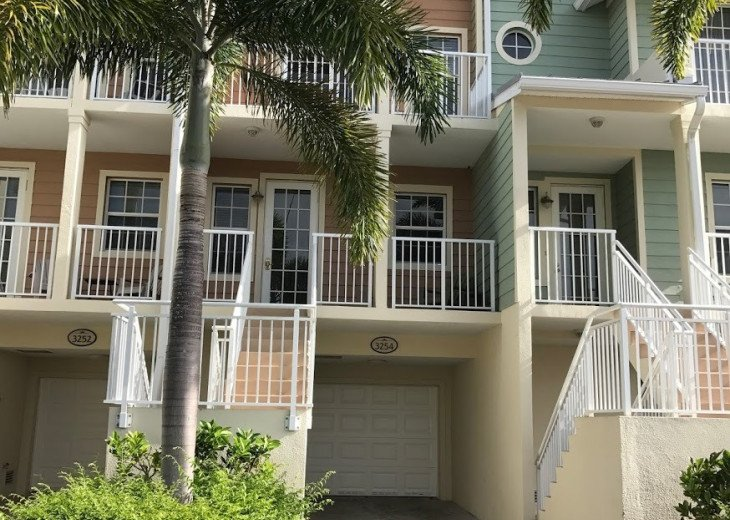 Tampa Bay 2 Bed / 1.5 bath Town Home Private Beach Community - U3254 #15