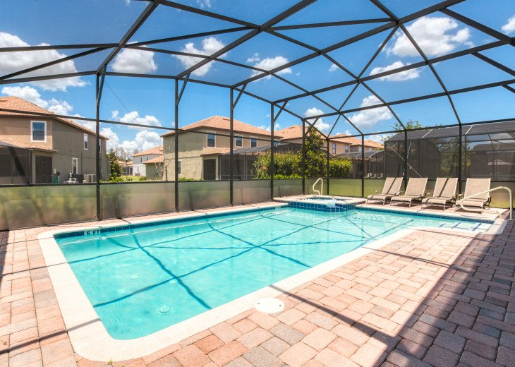 An OUTSTANDING 8 bedroom vacation home with private pool/spa/huge lot #39