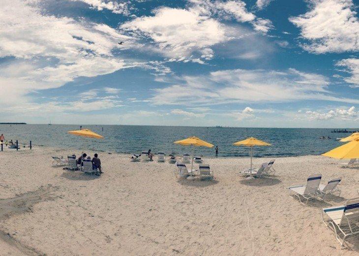 Tampa Bay, 2 bdrm 1.5 bth Private Beach Community - U420 #23