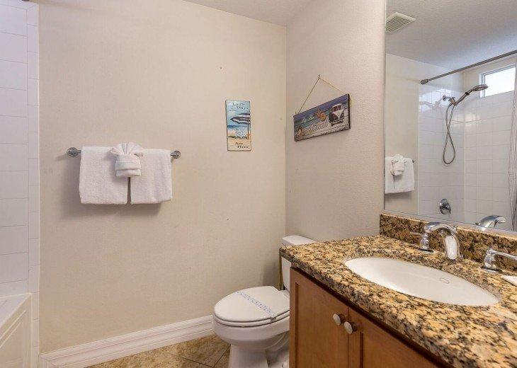 Tampa Bay, 2 bdrm 1.5 bth Private Beach Community - U420 #13