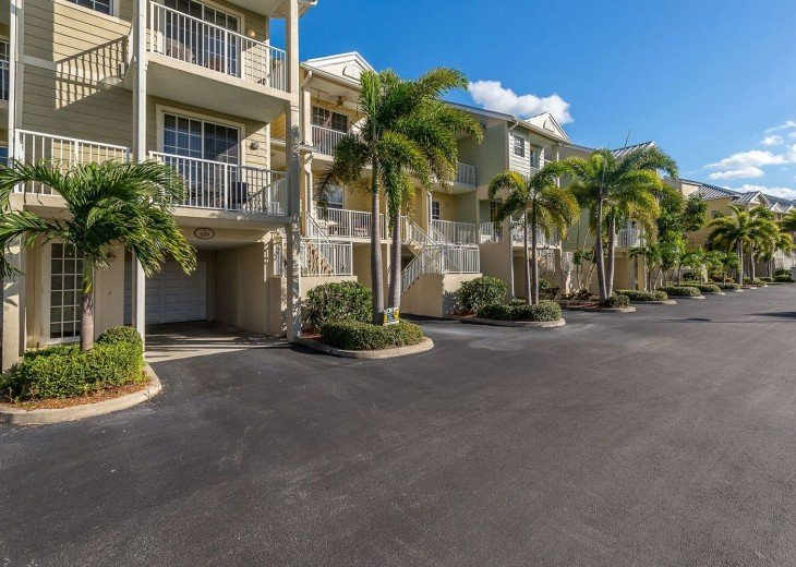 Waterfront 2 bed /1.5 bath Private Beach Community - U429 #20