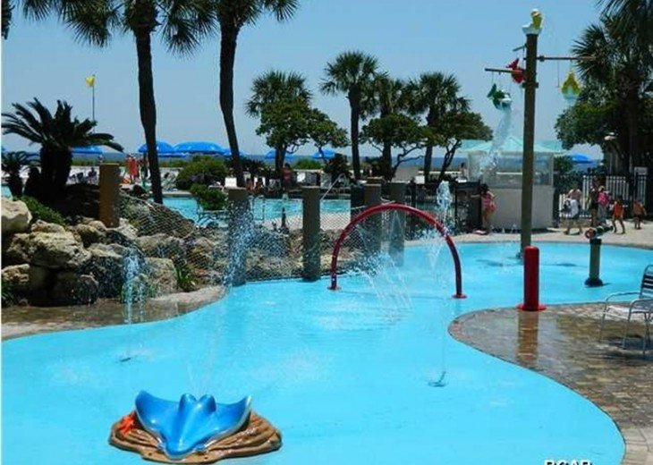 Awesome Beachfront Condo (Newly Remodeled) Beach Service-Edgewater Beach Resort #2