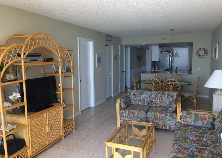 Renovated Direct Sand Beachfront - Sandcastle 1 - 3Bed/2Bath #13