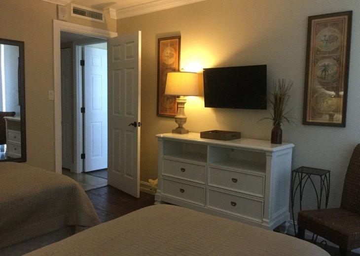 Marco Island, Florida - Gulf Front 2-Bedroom 2-Bath Condo #17