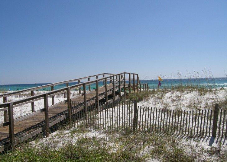 Mainsail #321- Gulf Views #19