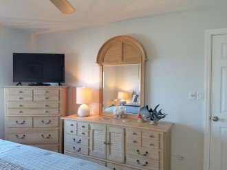 Master suite with HDTV and DVD - on suite full bath & large walk-in closet