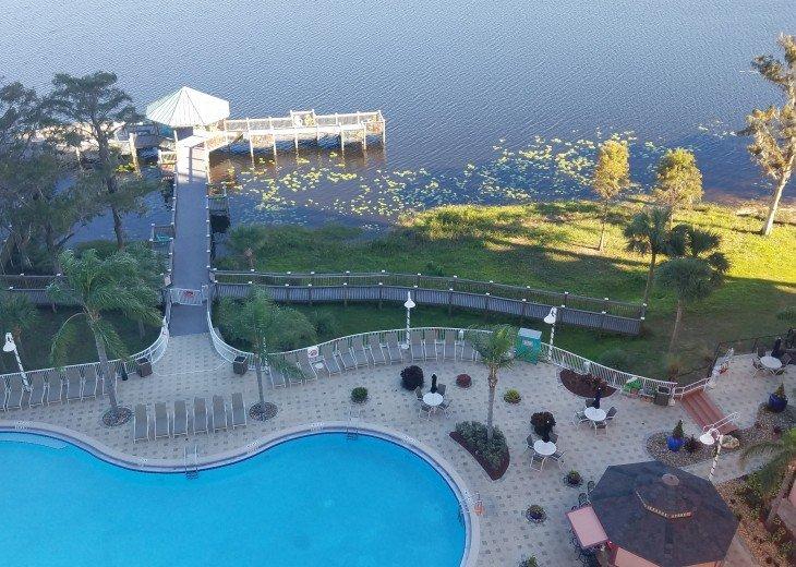 Blue Heron Beach 1 & 2.5 beds 2 bath suite overlooking lake Feb23-Mar1 & Mar9-20 #37