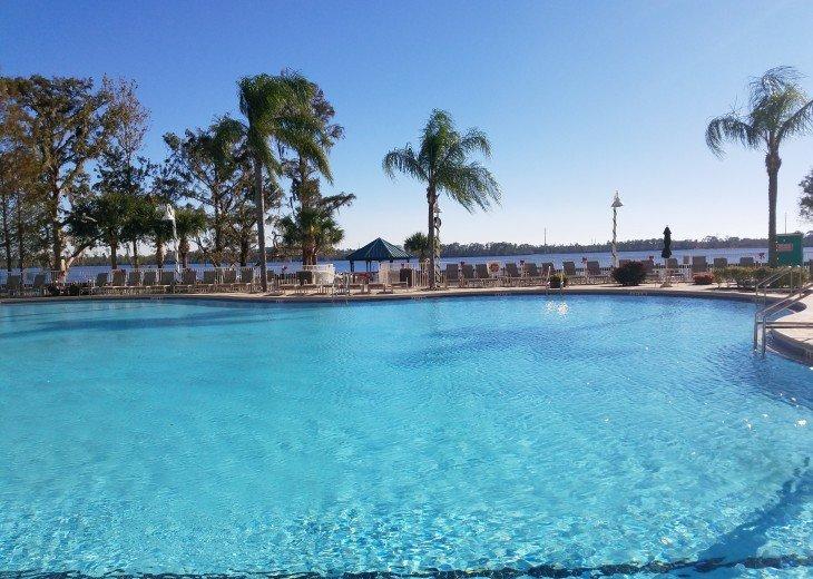 Blue Heron Beach 1 & 2.5 beds 2 bath suite overlooking lake Feb23-Mar1 & Mar9-20 #2