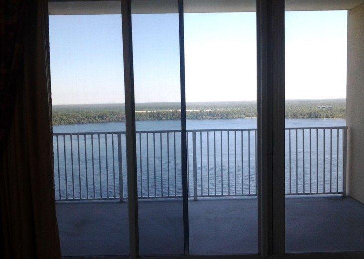 Blue Heron Beach 1 & 2.5 beds 2 bath suite overlooking lake Feb23-Mar1 & Mar9-20 #9