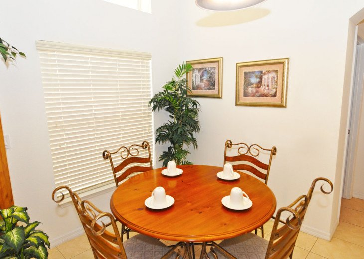 Enjoy your Orlando vacation in a affordable 4 br vacation home with pool & spa #5