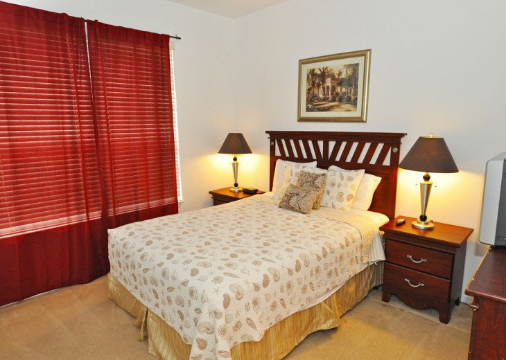 Enjoy your Orlando vacation in a affordable 4 br vacation home with pool & spa #9