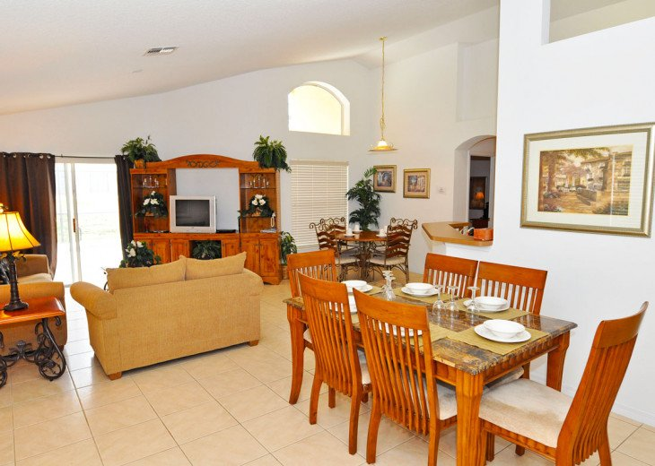 Enjoy your Orlando vacation in a affordable 4 br vacation home with pool & spa #3