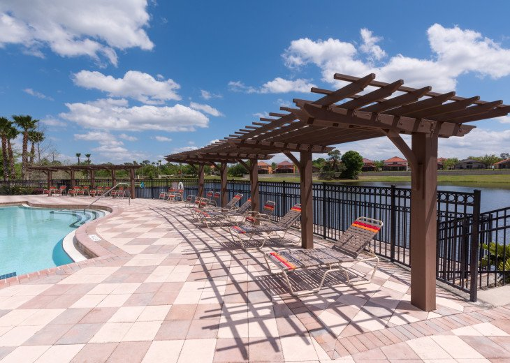 Enjoy your Orlando vacation in a affordable 4 br vacation home with pool & spa #17