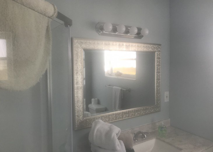 5 Bedroom 4 Bath Canal Front Home Sleeps 12. (28 day min. rental) #22