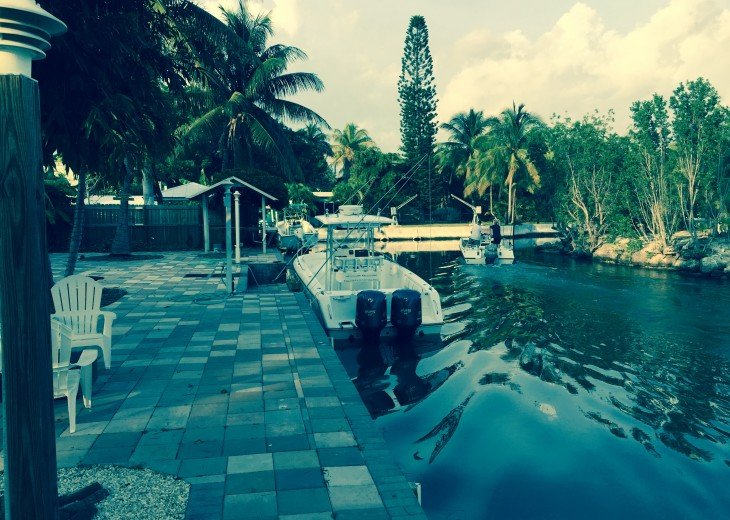 5 Bedroom 4 Bath Canal Front Home Sleeps 12. (28 day min. rental) #7