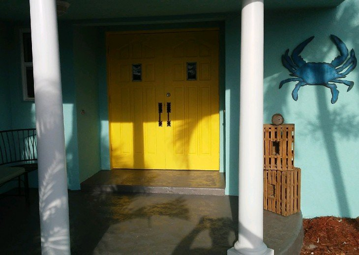 5 Bedroom 4 Bath Canal Front Home Sleeps 12. (28 day min. rental) #3