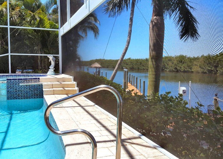 Gulf Access Villa Cinderella #4