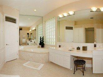 Gulf Access Villa Cinderella #1