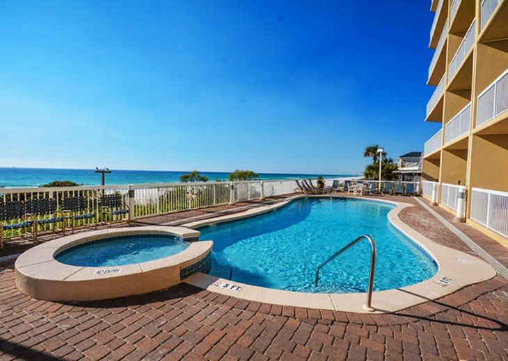 July Dates Available~ Beach Service and Wifi FREE ~ Million Dollar View #46