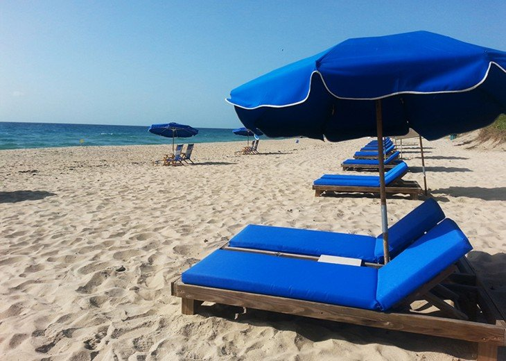 July Dates Available~ Beach Service and Wifi FREE ~ Million Dollar View #49