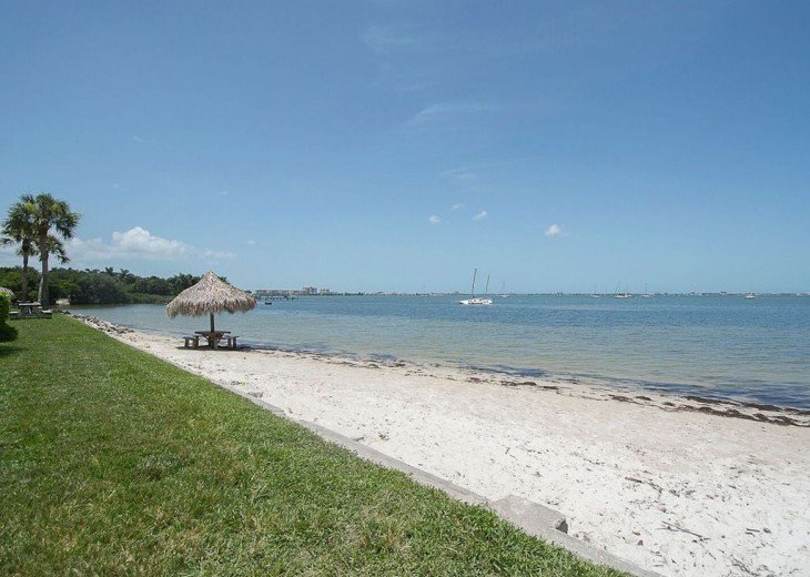 AMAZING 2 Bed 2 Bath - Private Beach - DISCOUNTED! STARTING FROM $475 PER WEEK! #21