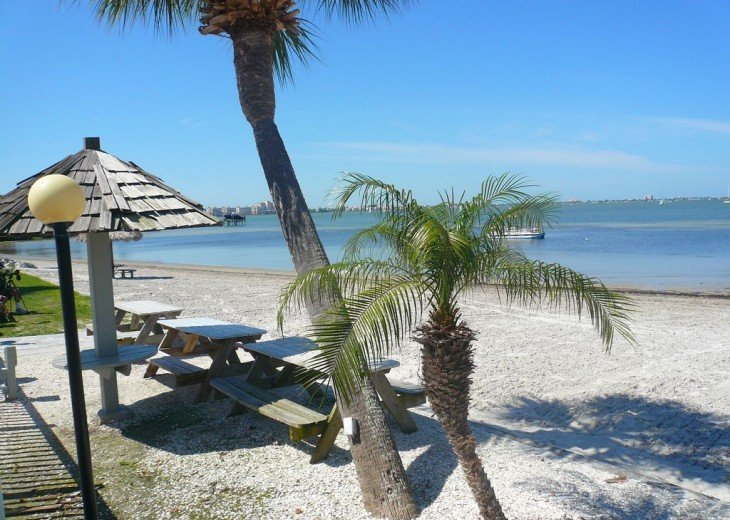 AMAZING 2 Bed 2 Bath - Private Beach - DISCOUNTED! STARTING FROM $475 PER WEEK! #18