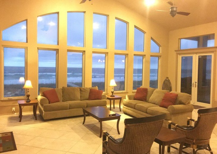 A true gulf front house with a balcony pool #3