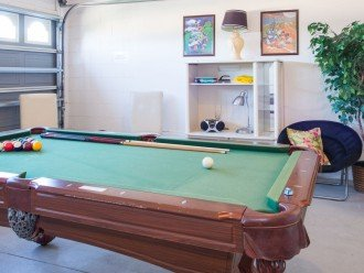 Games Room - darts and pool table- rack 'em up!