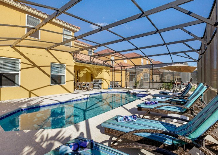 Extended Pool Deck - Luxury Padded Pool Furniture