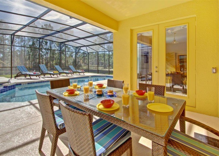Enjoy outside dining with handy outside w/c