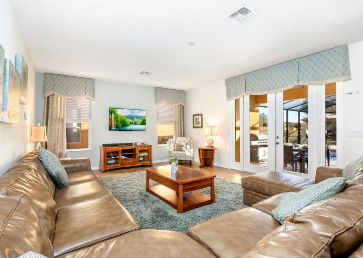Spacious Family Lounge - overlooking the pool deck
