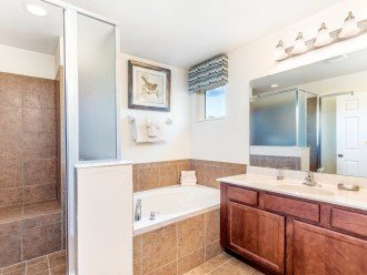 Master Suite En-suite with large bath and walk-in shower