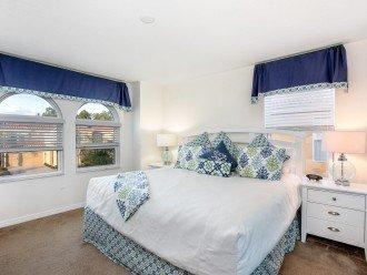 Master Suite 3 - King Bed, TV and En-suite Bathroom