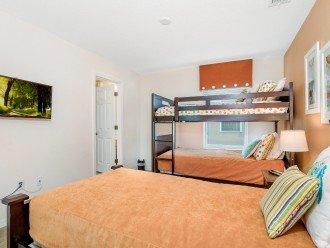 Guest Bedroom 5 - wall-mounted flatscreen TV and Jack & Jill Bathroom